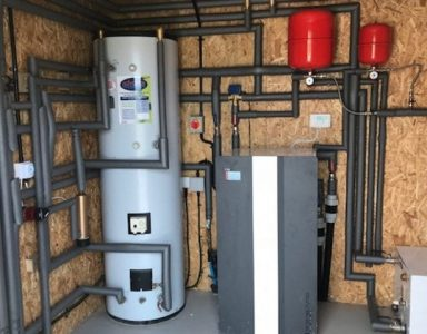 Evo-heat-pump-in-plant-room_2000PX-760x480